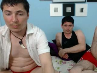 Private cam show video of PeterAndJohn
